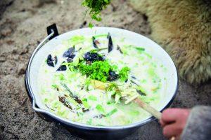 Muslinge suppe med tang